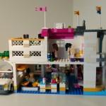 Dolfin Beach Club Lego Friends achterkant (4) (Small)